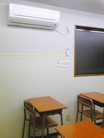 全中学3年生の普通教室にエアコン設置